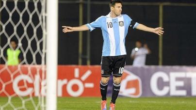 Messi: 'WK spookt al door ons hoofd'