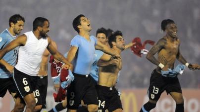 Suárez bang voor blessure; Cole voor basisplaats