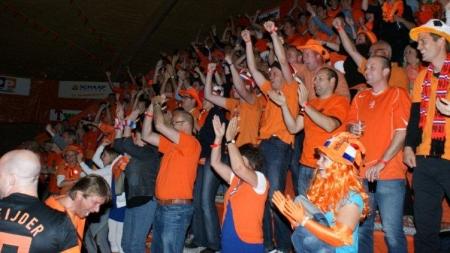 Biddinghuizen kleurt Oranje tijdens WK