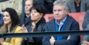 Guus Hiddink opnieuw in beeld bij Chelsea
