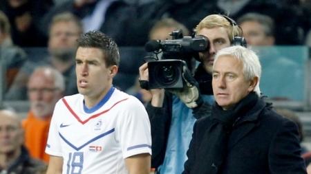 Van Marwijk: 'Enorme aderlating voor Oranje'