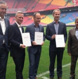 KNVB overweegt schadeclaim: 'Niet meteen iets stoers roepen'