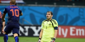 Spanje likt wonden: 'Casillas heeft net zoveel schuld als de anderen'