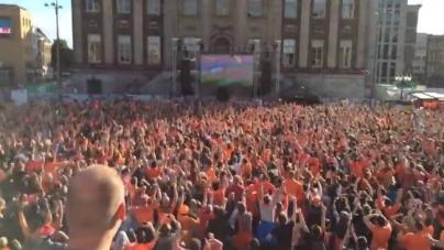 Nagenieten | Geweldige beelden van juichende fans in Nederland