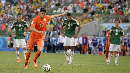 'Blind wil Huntelaar kans geven tegen Engeland'