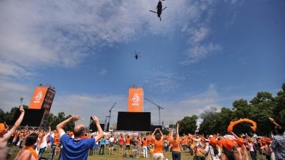 Wél grote schermen op Museumplein bij finaleplaats Oranje