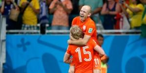 Oranje onder luid gejuich teruggekeerd in Nederland