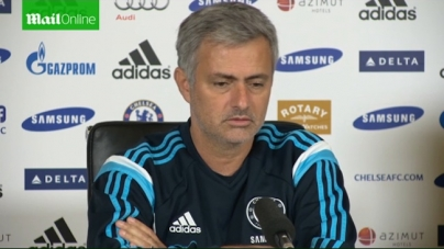 Mourinho over Wenger: 'Gewoon een huilebalk'