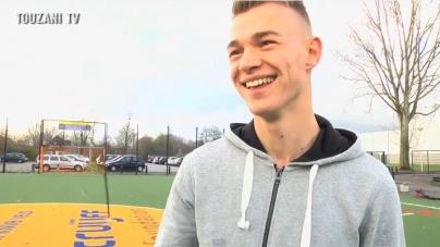 Sinkgraven faalt in shirt Jong Oranje: 'Alsof het een speeltuin was'