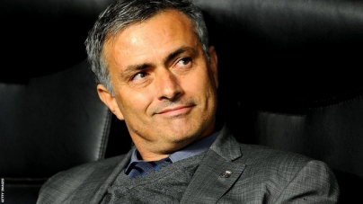 Fans Manchester United roepen om komst Mourinho
