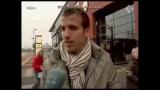 Van der Vaart raakt afgeleid tijdens een interview als zijn vrouw Sylvie wordt uitgescholden