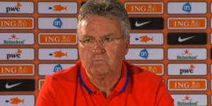 Hiddink: 'Sneijder niet in de basis, Van Persie wel'