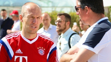 Robben sluit weer aan bij groepstraining Bayern München