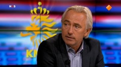 Van Marwijk wijt mislukte kwalificatiecampagne aan chaos bij KNVB: 'Het is volledig geëscaleerd'