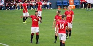 Manchester United wint bij debuutwedstrijd Depay