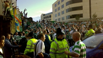 Celtic-fans namen Feyenoord-vlag mee naar Ajax