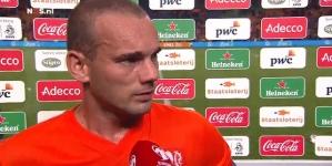 Sneijder met tranen in zijn ogen: 'Het is over'