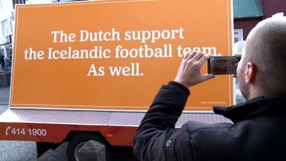 VIDEO   Geniale actie: Oranje-busje zwaait IJslanders uit