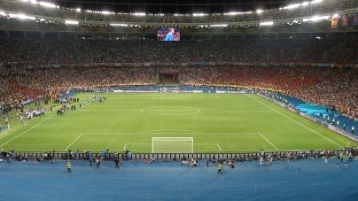 Bizar voorstel Dynamo Kiev: 'Speciaal vak voor donkere fans'