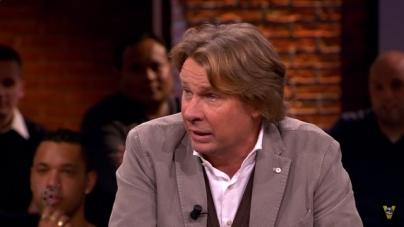 VIDEO | Feyenoorders zingen Hans Kraaij jr. toe
