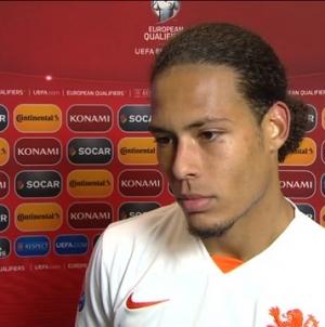 Tweetal afvallers verlaten samen met Robben het trainingskamp van Oranje