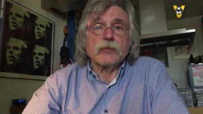 VIDEO   Derksen aan het vloggen geslagen dankzij 'twee geweldige wijsneuzen'