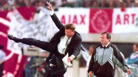 Beroemde 'karatetrap' veranderde coach Van Gaal