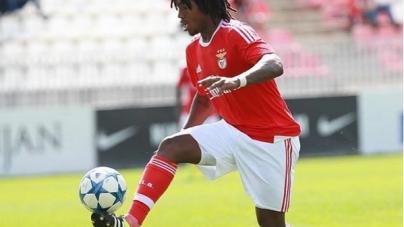 Manchester United wil 'nieuwe Ronaldinho' naar Old Trafford halen