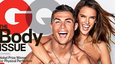 FOTO'S | Ronaldo gaat uit de kleren met supermodel