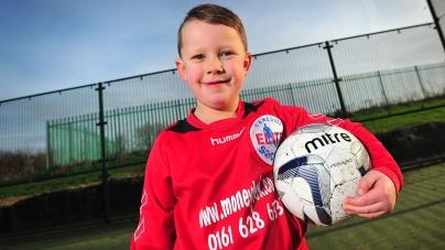 5-jarig talent veroorzaakt biedoorlog in Manchester