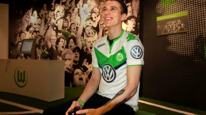 FIFA-speler krijgt contract bij Wolfsburg