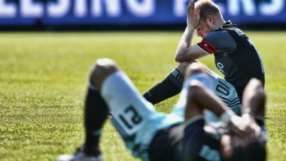 PSV gaat er TOCH met de titel vandoor! Verdriet in Amsterdam